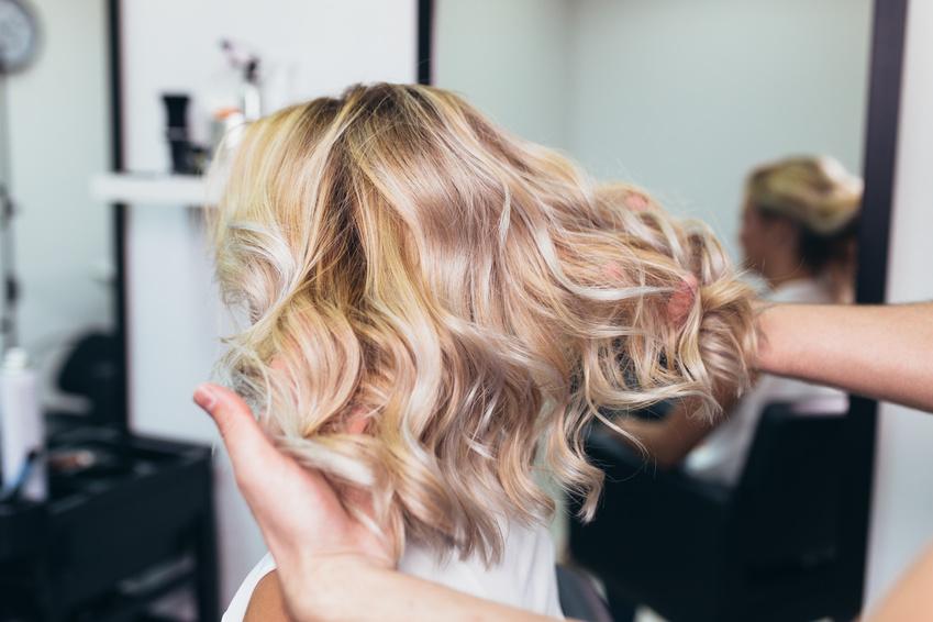 Wie Du beim Friseur genau die Haarfarbe bekommst, die Du willst!